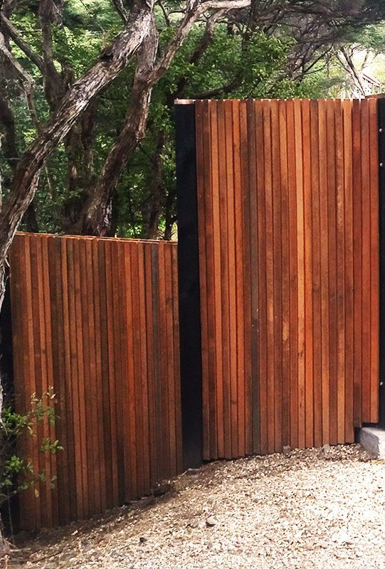 customised timber fencing by WCS