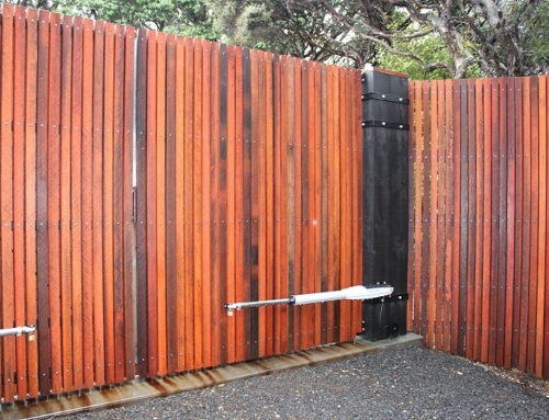 Custom Timber Fence and Automated Gate