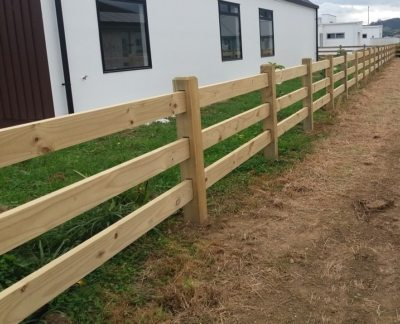 Interlocking post and rail timber fence cambridge