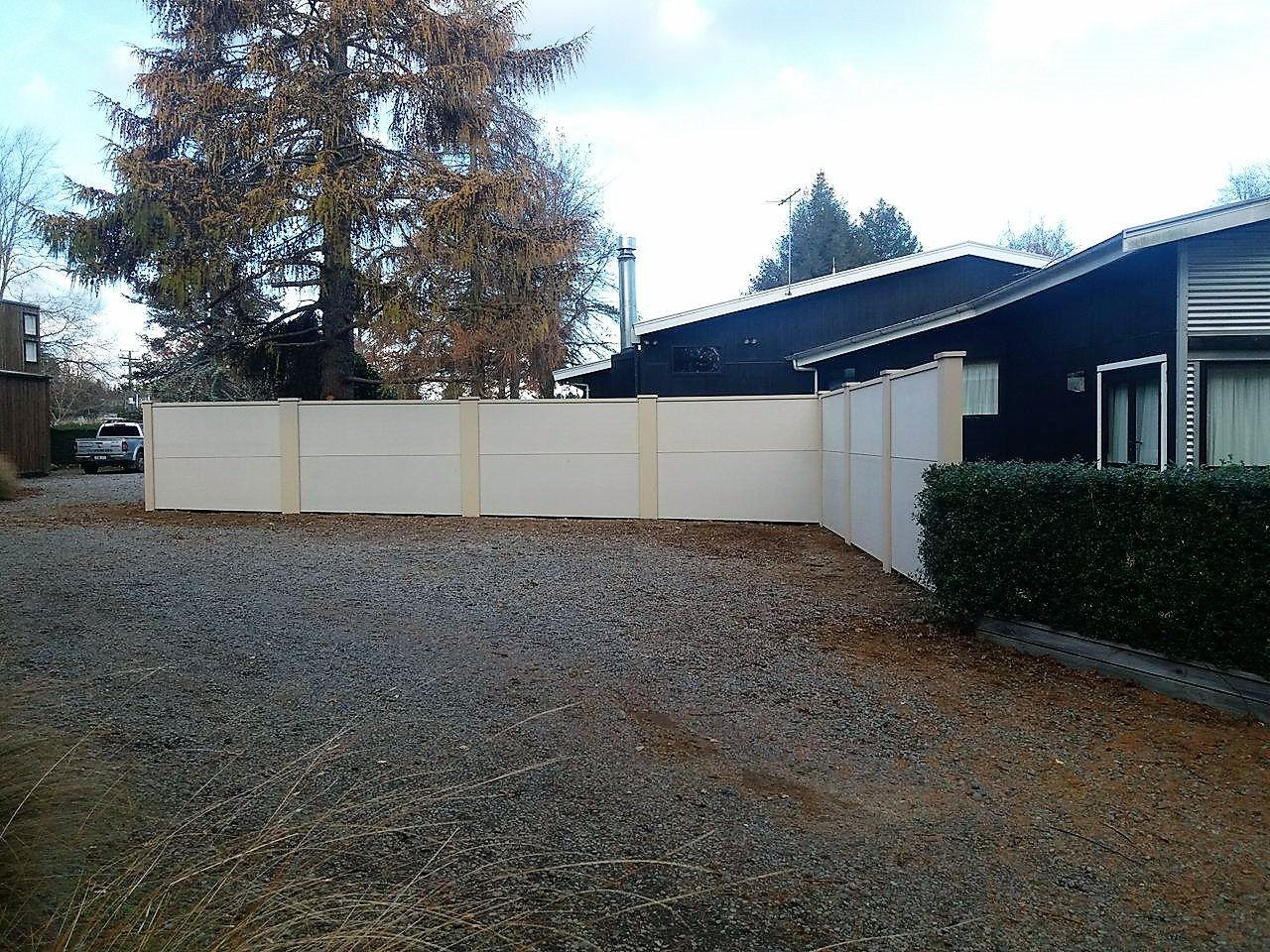 Ohakune hotel acoustic fencing