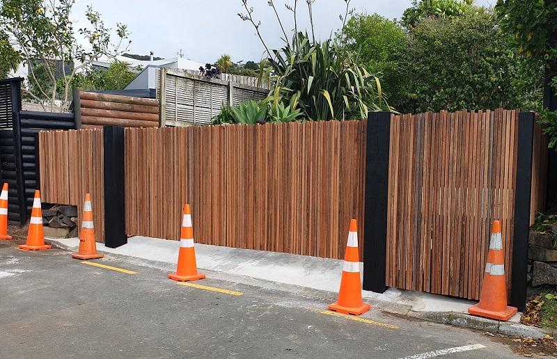 Hardwood batten Custom rising hinge system gate Hamilton