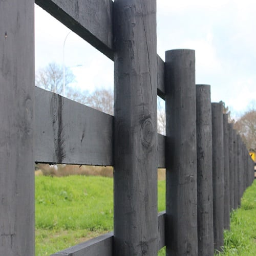 inside-post-rail-timber-fence