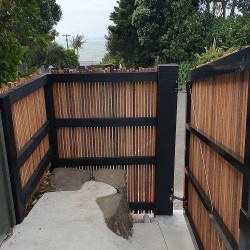 Hardwood battern Fence and Gate waikato