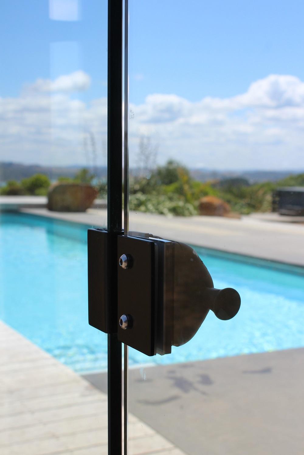 Pool lock